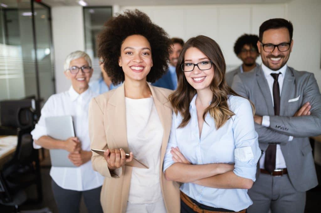 Diversity Management repräsentiert durch eine Personengruppe